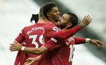 O Manchester United teve uma apresentação de alto nível no Campeonato Inglês. Com belo desempenho de Rashford e uma aula de contra-ataques, o time superou o Newcastle, por 4 a 1, de virada