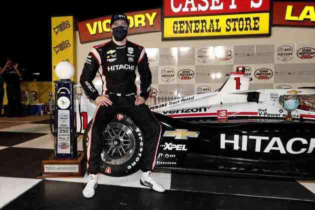 Newgarden finalmente acabou com a seca na corrida 2. Vitória, com Dixon no quinto lugar