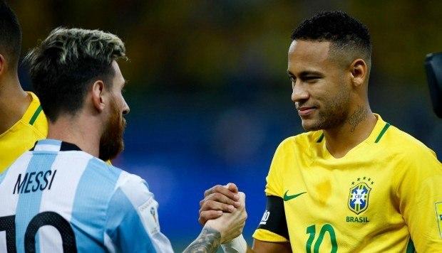 Messi perdeu favoritismo e responsabilidade na Copa América. Cobranças serão de Neymar