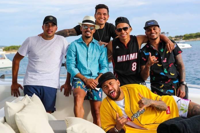 Isolamento social não existiu para Neymar em Ibiza. Fotos comprovam