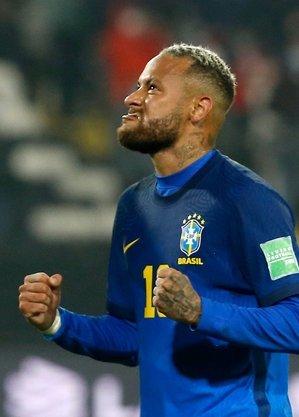 Neymar, pesado, sem ritmo