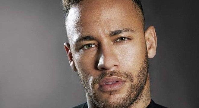 Versões conflitantes sobre o que Neymar fez com mulher em Paris