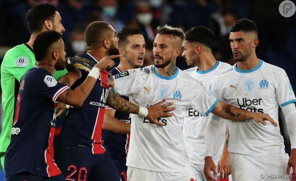 Neymar e Álvaro discutiram. Se xingaram. Espanhol segue jurando não ser racista