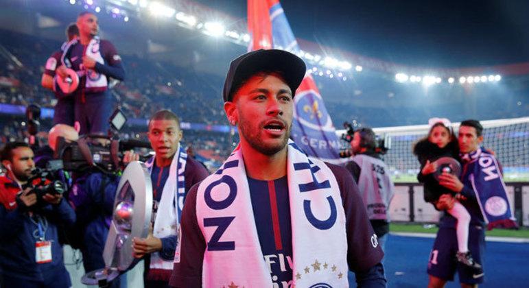 Neymar. Dez títulos. Mas menores no contexto europeu. Ganhou apenas na França