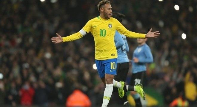 Neymar vai completar o 100º jogo pela seleção brasileira