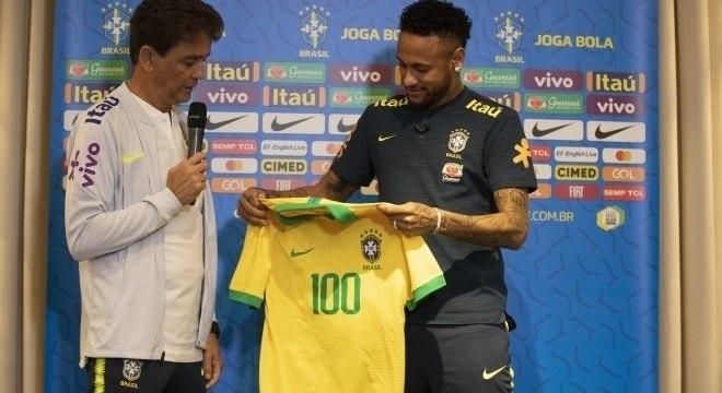 Neymar vai completar 100º jogo na seleção brasileira contra o Senegal
