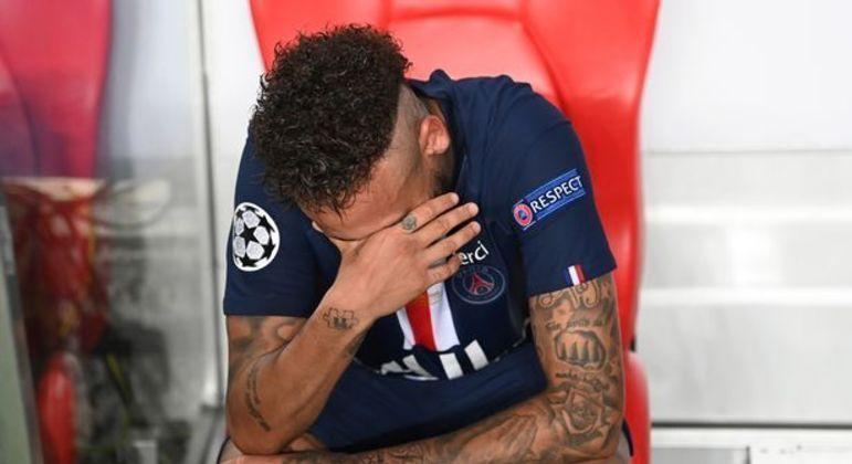 Neymar acumulou frustrações com o PSG e com a seleção brasileira