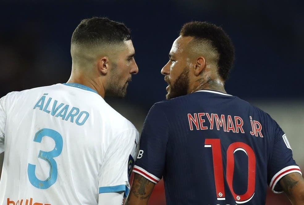 """Neymar é 'apresentado' ao nojo do racismo. """"Macaco filho da p..."""" - Prisma  - R7 Cosme Rímoli"""