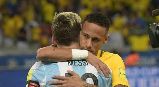 Neymar pressiona a cúpula do PSG. Para renovar, exige a contratação de Messi