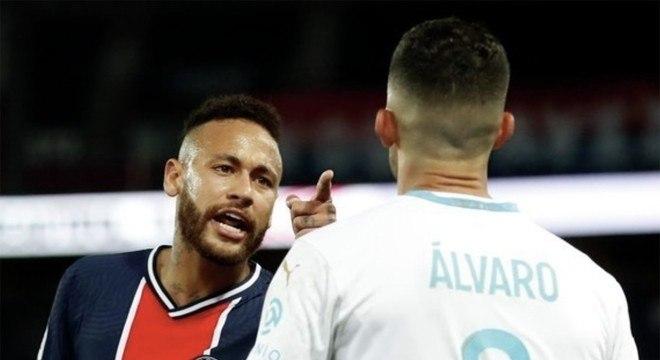 Olympique é o time onde atua o defensor acusado por Neymar de racismo