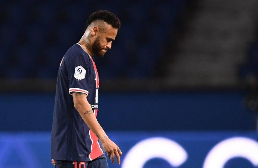 Neymar :punido por duas partidas. E terá de se comportar nas dez próximas do Francês