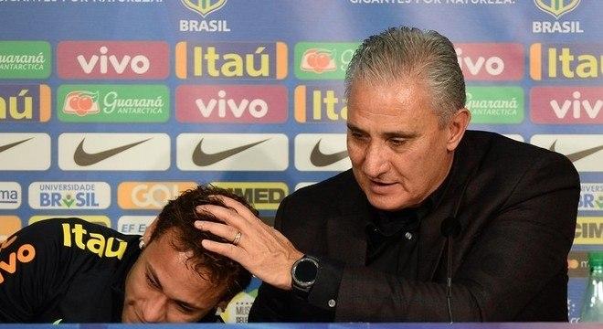 Tite apoiou Neymar em absolutamente todas as situações