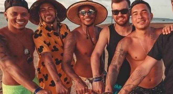 Neymar veio para a 'quarentena' do coronavírus no Brasil