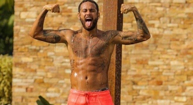 Neymar. Três meses treinando forte. Estava empolgado com sua forma física
