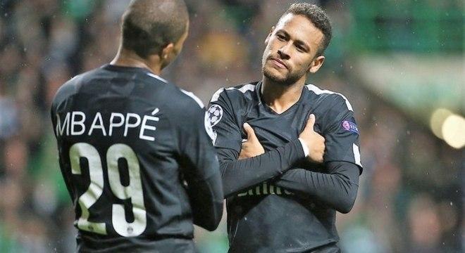 Neymar recebe bem mais do que o dobro de Mbappé por ano. Justo?
