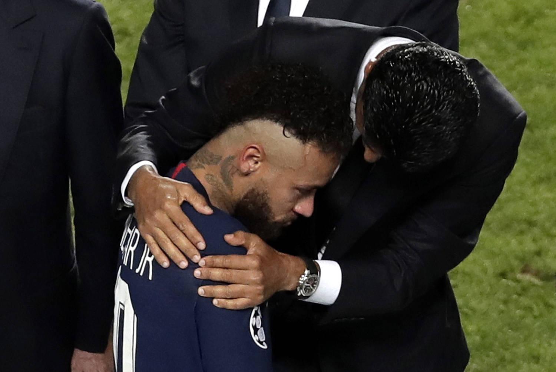 Presidente do PSG, Al-Khelaifi, prometeu time mais forte. Quer que Neymar fique