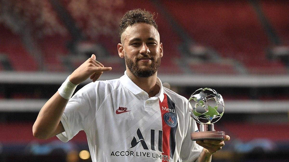 Neymar. Ótimo final de temporada. Mas ainda marcado. Talento desperdiçado