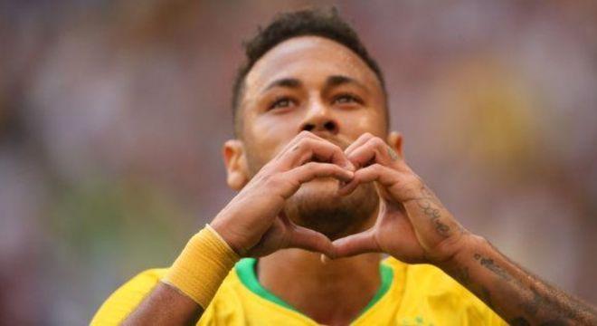 Neymar é visto como 'vítima'. Voltará com mais moral ainda, em setembro