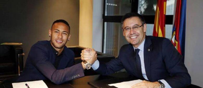 Bartomeu não quis antecipar a renovação de contrato de Neymar. Ele foi para o PSG