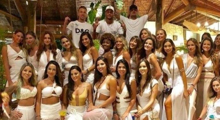 Festas de Neymar se tornaram exemplo de farras intermináveis