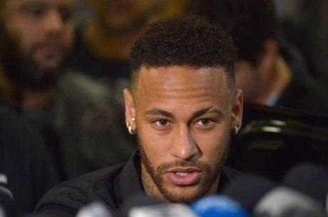 Neymar presou depoimento no último dia 13 em SP