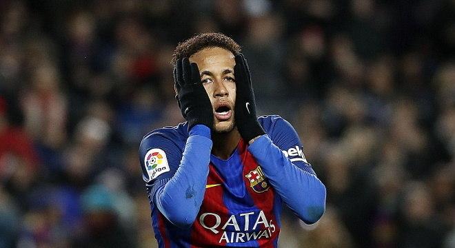 Justiça determina que Neymar devolva 6,7 milhões de euros para Barça