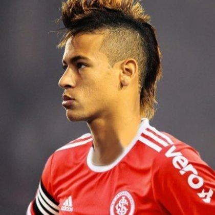 Neymar com a camisa do Internacional