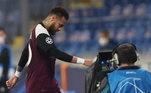 A CBF acompanha o estado do atacante e avalia se poderá contar com ele nos jogos contra Venezuela e Uruguai, pelas Eliminatórias da Copa do Qatar