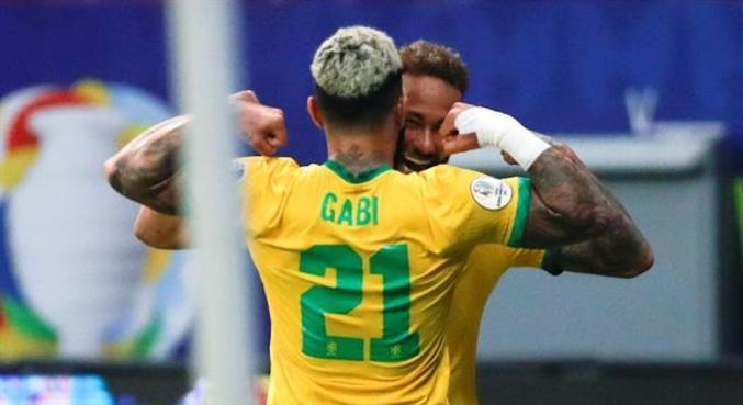 Neymar e Gabigol formam dupla de ataque de alta qualidade técnica