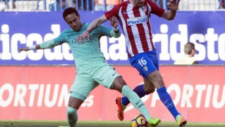 Neymar, em 2017: Com a agenda lotada de jogos no Barcelona, o brasileiro não veio ao Brasil e ficou longe de badalações. Pelo contrário: ficou em casa com a namorada Bruna Marquezine - casal que tinha acabado de reatar