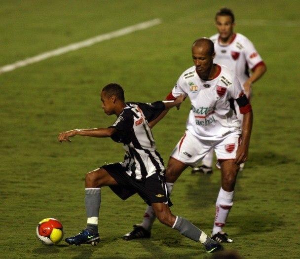 Há dez anos, Neymar fazia seu 1º jogo como profissional no Santos -  Esportes - R7 Futebol
