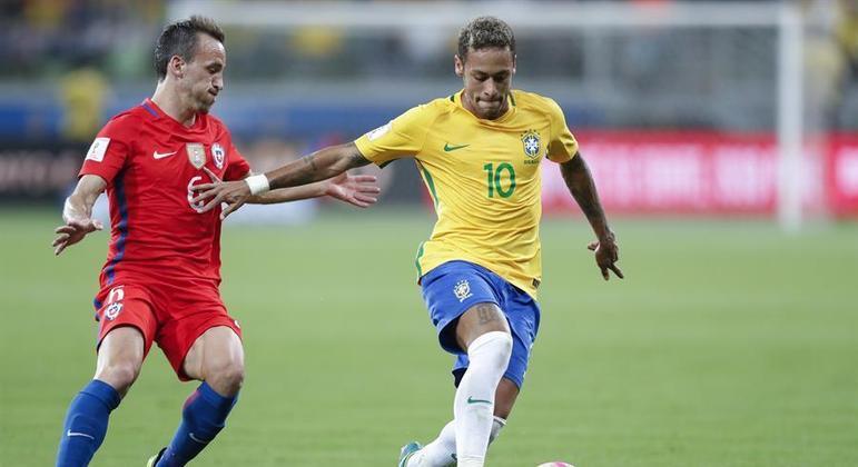 Brasil costuma se dar bem em duelos contra o Chile