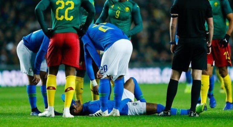 Neymar já se machucou muitas vezes na carreira