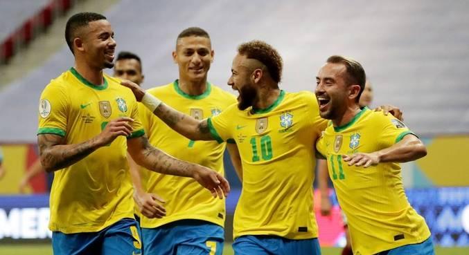 Neymar marcou o segundo gol do Brasil contra a Venezuela