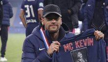 Neymar faz homenagem a MC Kevin após título da Copa da França