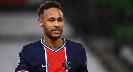 Neymar elogia companheiro Mbappé