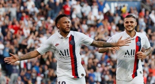Neymar decidiu o último jogo do PSG no Francês com um golaço