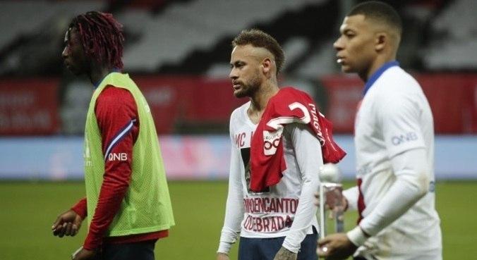 Neymar errou pênalti em vitória do PSG, mas título francês ficou com o Lille