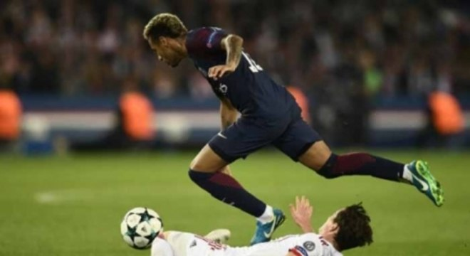 Neymar machucou o metatarso em 2018