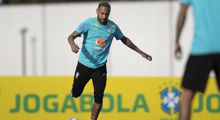 Seleção brasileira encerra preparação para duelo contra o Peru