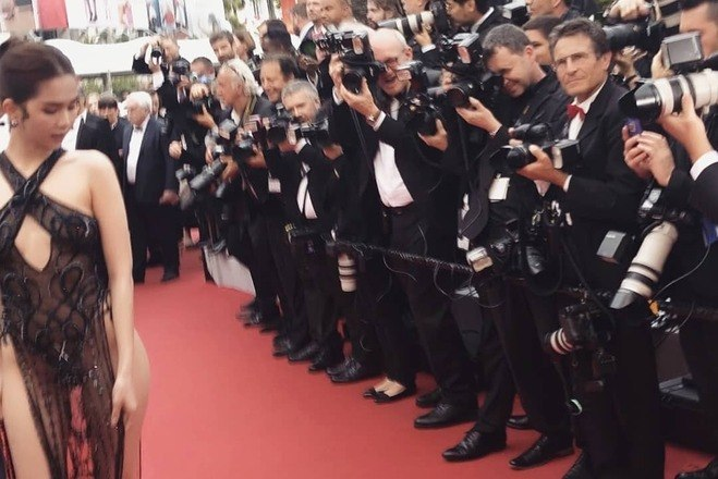 Saiba mais sobre o Festival de Cannes:Marina Ruy Barbosa usa vestido justo de R$ 8,8 MIL em Cannes