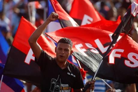 Apoiador de Ortega participa de comemoração