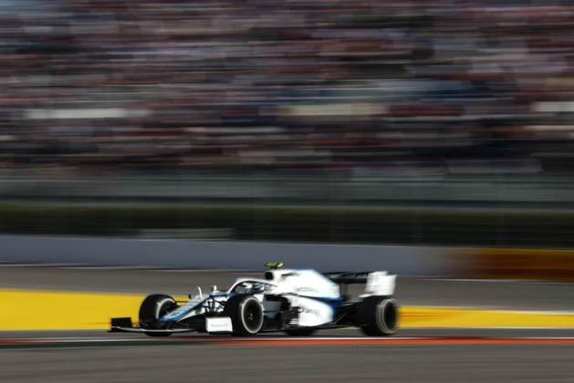 Nicholas Latifi ficou apenas em 16º no GP da Rússia