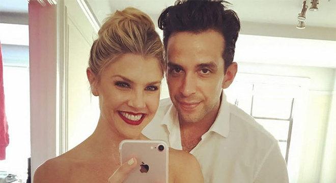 Nick Cordero e a esposa Amanda Kloots