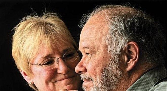 50 anos depois, casal de foto icônica do Woodstock continua firme e forte