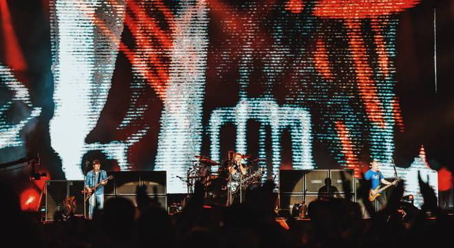 Nickelback faz de tudo para provar que é Rock And Roll no Rock In Rio