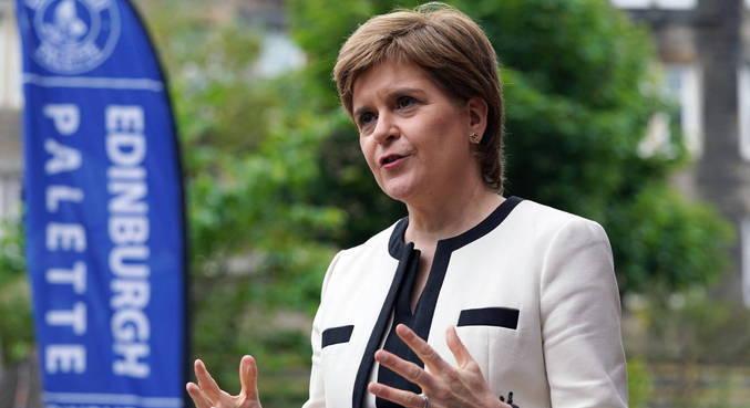 Premiê da Escócia, Nicola Sturgeon, criticou decisão do Reino Unido