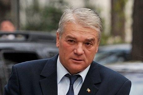 Nicolae Moga apresentou sua renúncia