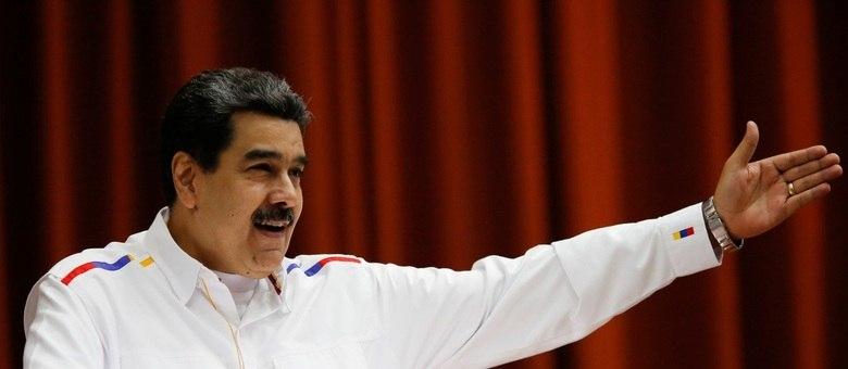 """Maduro revela ordem de prisão contra autores de suposta """"operação terrorista"""""""