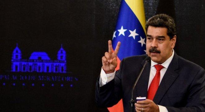 O presidente Nicolás Maduro busca atrair investimentos, alcançando o setor privado e empresas transnacionais de países aliados